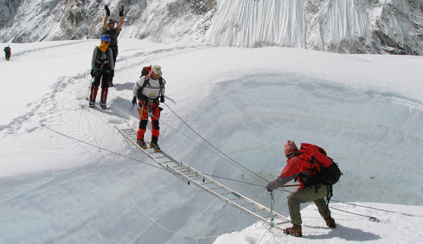 everest guides