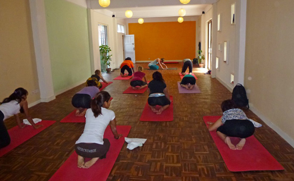 yoga classes and retreats in nepal