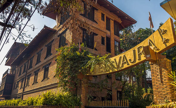 vajra-hotel